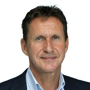 Charles van der Voort-300