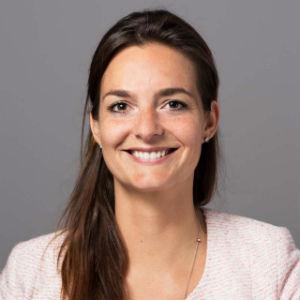 Ester-Damen-Kennedy-Van-der-Laan 300