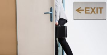 Exit - vertrek - ontslag