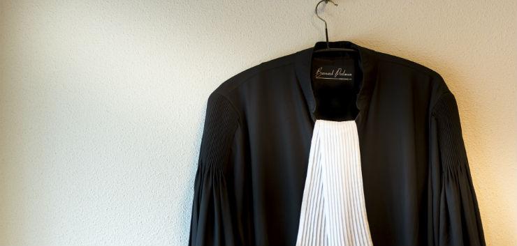 Voormalig advocaat beveelt als officier van justitie aanhouding oud-cliënt