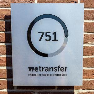 WeTransfer-300